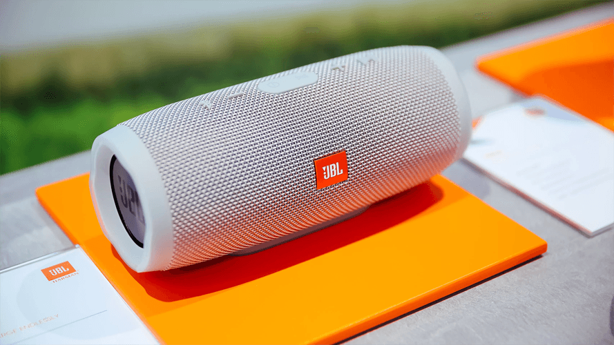 JBL Charge 4- unbox cell