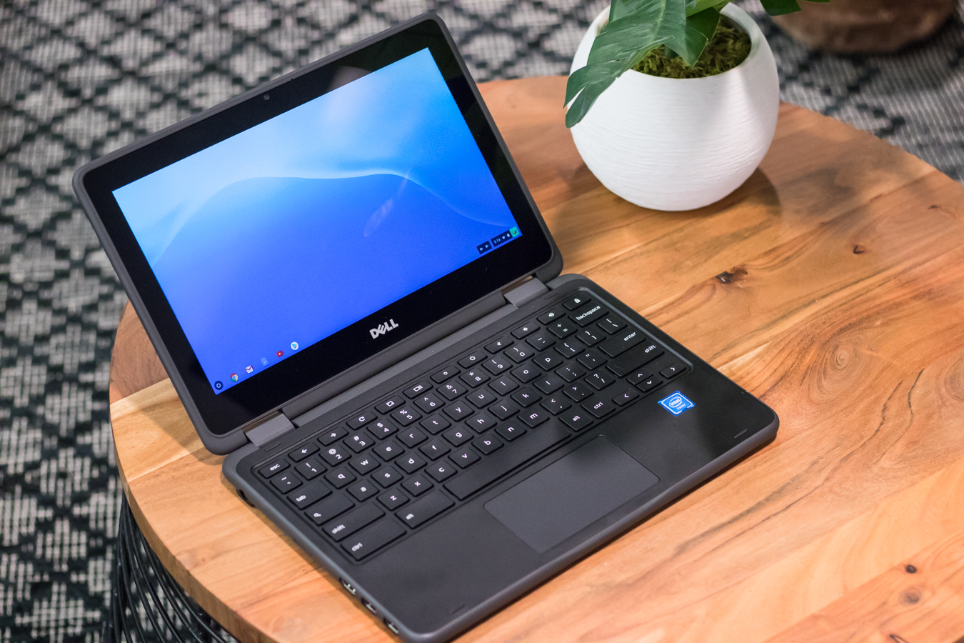 Dell Inspiron Chromebook 11 2-in-1- unbox cell