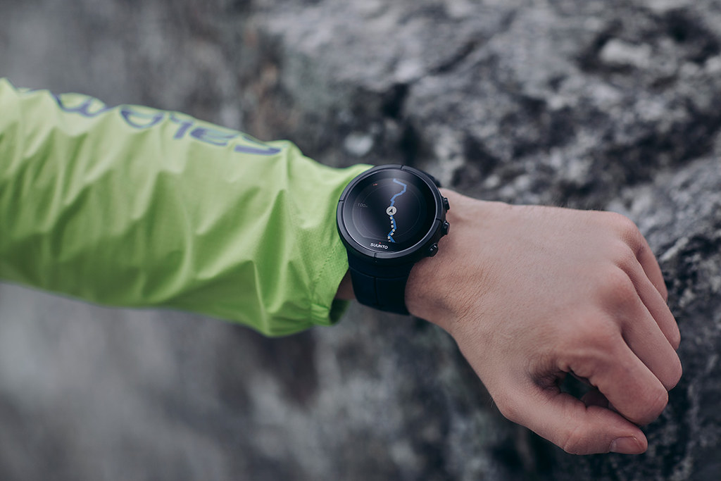 Suunto Spartan Ultra HR: unbox cell